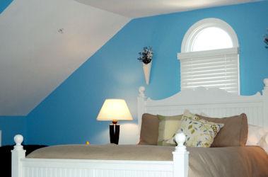 The Blue Heron Inn, Room 4