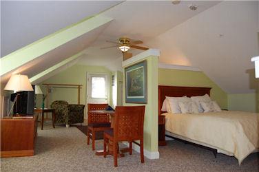The Blue Heron Inn, Studio Apartment Suite
