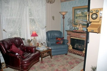 Raphael Inn-Relax in the Living Room