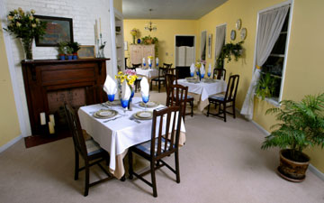 Magnolia Springs Bed & Breakfast Dining Room
