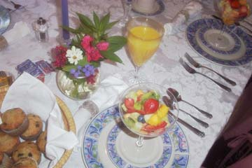 Breakfast Table at The Hockman Manor House in Edinburg, VA