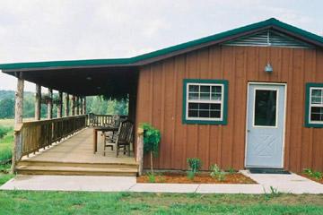 Pond Trail Farm Guesthouse - Houston, Missouri, exterior