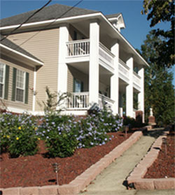 Ruth Mountain Bed &amp; Breakfast - Arab, Alabama