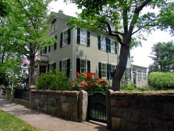 Delano Homestead Bed and Breakfast - Fairhaven, Massachusetts