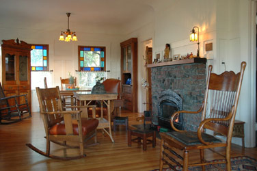 Micasa Temporary Lodging living room