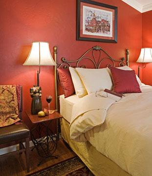 Hillcrest House Bed & Breakfast Coronado Room Queen Size Bed