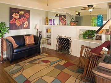 Hillcrest House Bed & Breakfast, Plenty Of Places To Relax