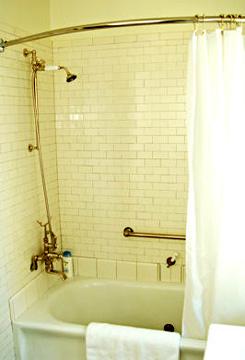 The Shafer Baillie Manison, Volunteer Park Room Bath