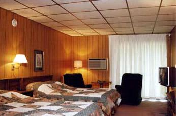 The Wayside Inn, Guest Room
