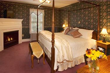 Riverside Inn Bed and Breakfast, Silver Cascade