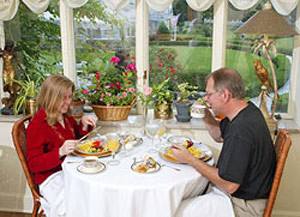Buhl Mansion Guesthouse & Spa-Delicious Breakfast Each Morning