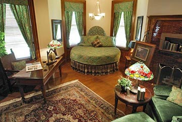 Buhl Mansion Guesthouse & Spa-Frank H. Buhl's Room
