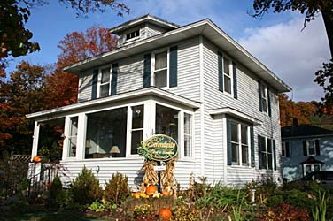 Serendipity Bed and Breakfast and Suites - Saugatuck, Michigan
