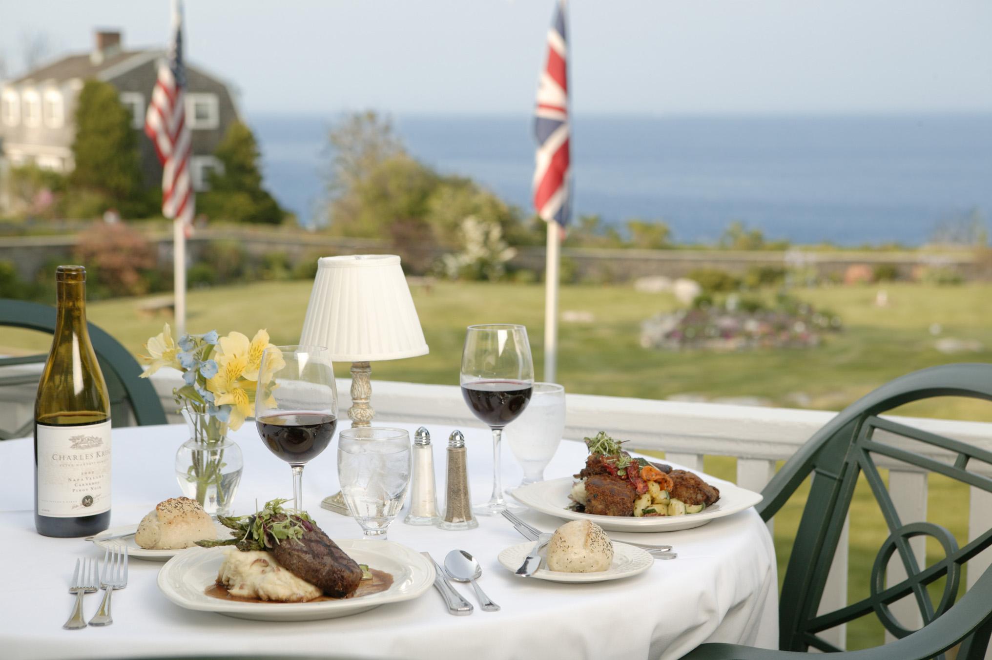 Emerson Inn by the Sea dinner