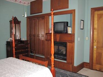 Bigham House Bed & Breakfast, Victoria  Suite Bath