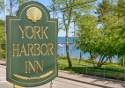 york-harbor-inn-sign.jpg