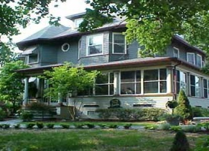 Lovely 932 Penniman   A Bed And Breakfast