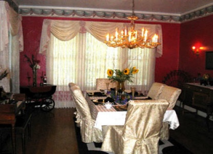 Avenue O Bed and Breakfast-Amenities