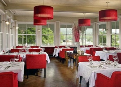 Relais & Chateaux Camden Harbour Inn Dining