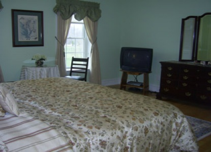 Fabulous B&B on the Eastern Shore of Maryland. Water front, Pool, Hot tub, Exercise room. Call for Weddings & Special Events.