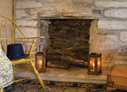 Boone's Colonial Inn & Market, fireplace