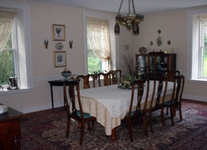 The Wilderness Bed and Breakfast, dining
