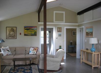 Cottage Guest-The Pine Suite