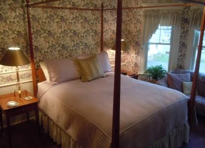 932 Penniman Bed & Breakfast