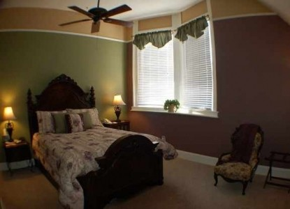 Avenue Inn Bed and Breakfast-Bedroom
