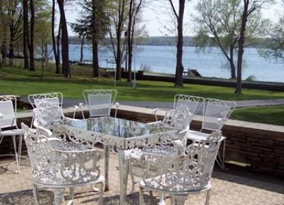 Maple Springs Lake Side Inn