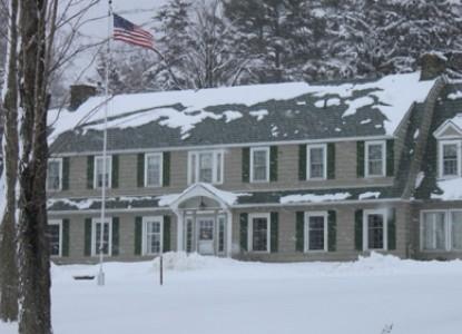 Maple Springs Lake Side Inn Winter