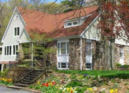 The White Rose Bed and Breakfast, exterior