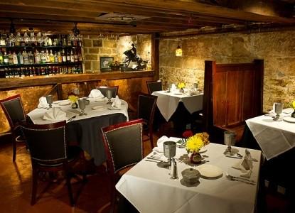 Tara- A Country Inn, dining area