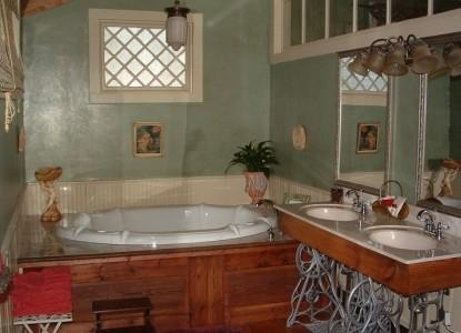 Breeden Inn Bed & Breakfast, South Carolina, camelot