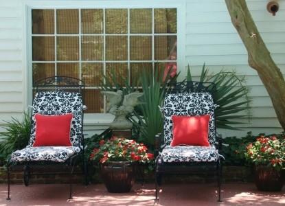 Breeden Inn Bed & Breakfast, South Carolina,  lawn chairs