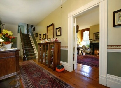 Caldwell House Bed and Breakfast, staircase