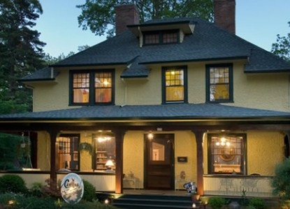 An Arts and Crafts Style Turn of the Century Home.