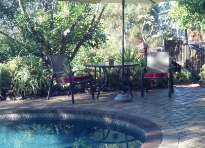 The Rainbow Inn Guest House Bed & Breakfast, swimming pool