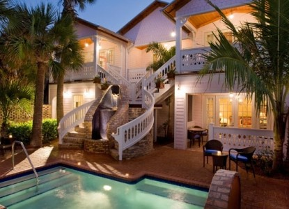 Luxury seaside Bed and Breakfast located 200 feet from the Atlantic Ocean and minutes to historic downtown Melbourne.