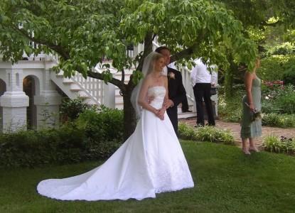 Mayhurst Inn couple
