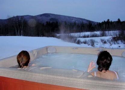 Beaver Pond Farm Bed & Breakfast hot tub