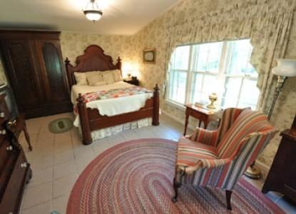 East Hills Bed & Breakfast Inn, grayson cottage