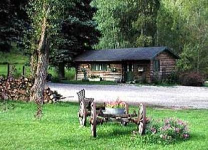 Four Mile Creek Bed & Breakfast innkeepers