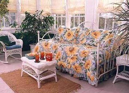 Songbird Manor Bed & Breakfast, patio