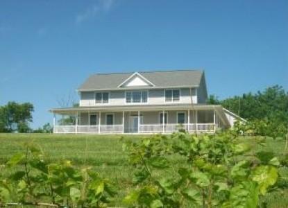 Creekside Vineyards Winery & Inn front