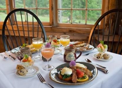 Pilgrim's Inn-Breakfast