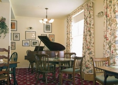 Captain Stannard House Country Inn-Piano