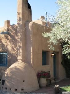 Pueblo Bonito Bed & Breakfast building