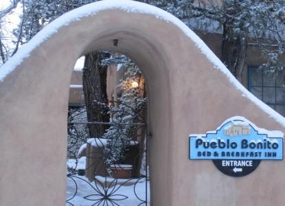 Pueblo Bonito Bed & Breakfast sign