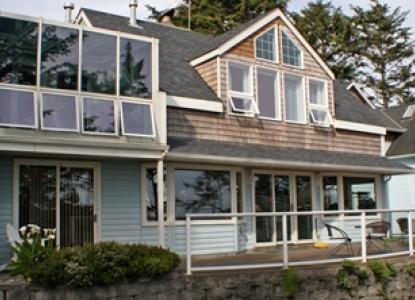 Ocean House Bed & Breakfast-Exterior View